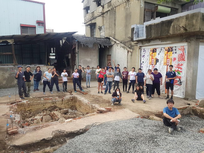 The NCYU Department of Landscape Architecture and Chiayi City Government worked together to build the Houyi Sub-district Craftsmanship Factory to demonstrate the infinite possibilities of social creation.